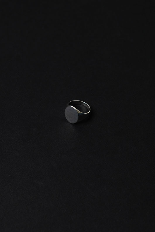 BEING PLAIN OVAL RING (925 SILVER)
