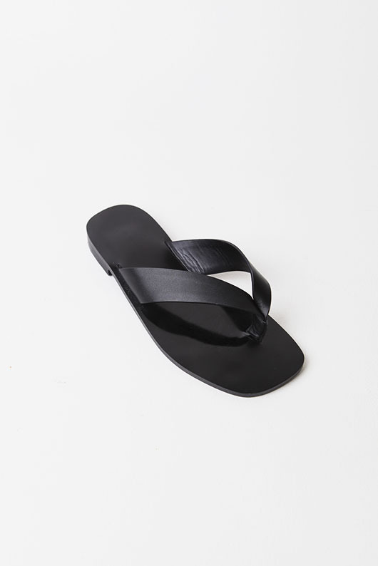 REAL LEATHER FILP-FLOPS